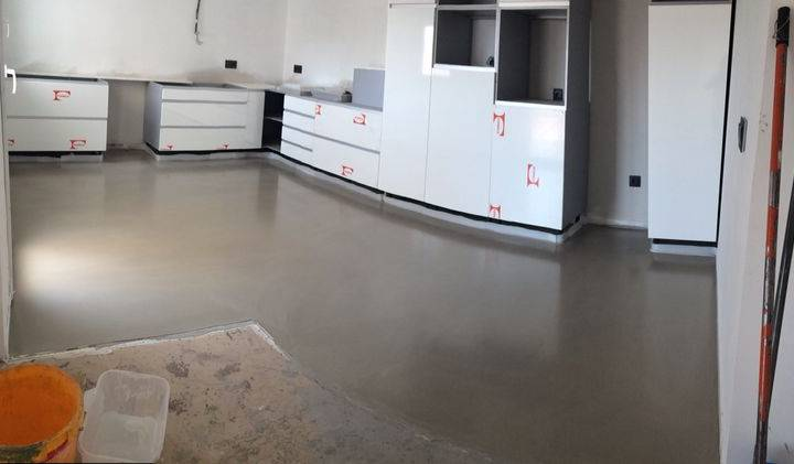 Pavimentos cont nuos de microcemento los pulis pavimentos continuos superficies decorativas - Pavimentos de microcemento ...
